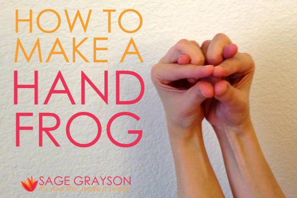 how to make a frog with your hands